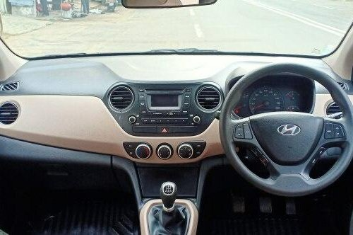 Used Hyundai Xcent 2015 MT in Ahmedabad
