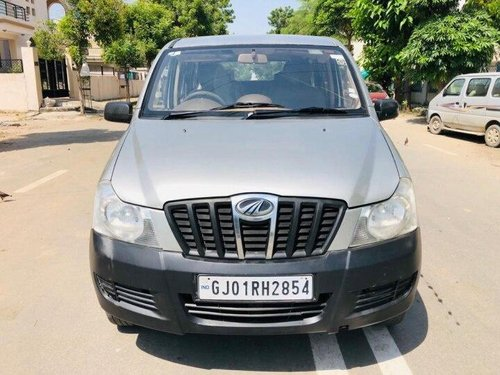 Used Mahindra Xylo D2 2010 MT for sale in Ahmedabad -6