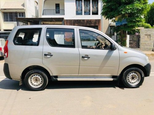 Used Mahindra Xylo D2 2010 MT for sale in Ahmedabad -4