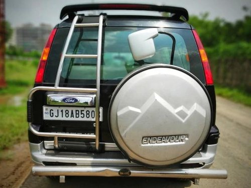 Used Ford Endeavour 4x2 XLT 2006 MT for sale in Ahmedabad
