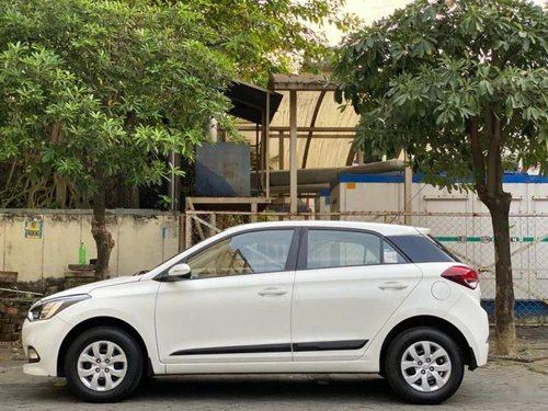 Used 2016 Hyundai i20 MT for sale in Kolkata