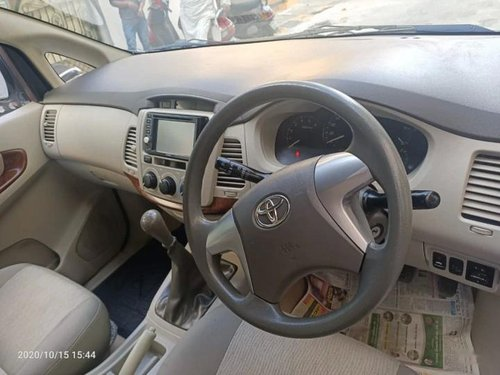 2013 Toyota Innova 2.5 GX 8 STR BSIV MT for sale in Bangalore