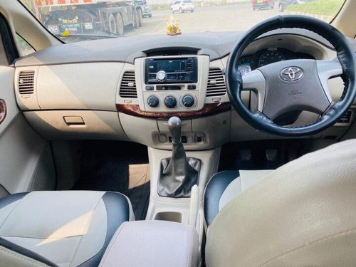 2012 Toyota Innova 2004-2011 MT for sale in Mumbai
