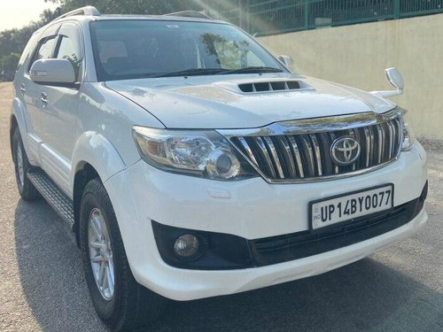 Used 2013 Toyota Fortuner 4x2 AT for sale in New Delhi-8