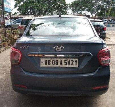 Hyundai Xcent 1.1 CRDi S Option 2015 MT for sale in Kolkata