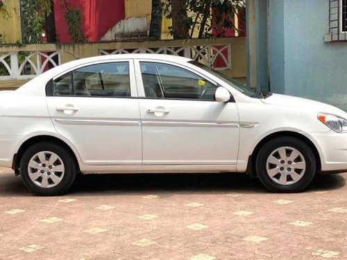 Hyundai Verna 2009 MT for sale in Mumbai
