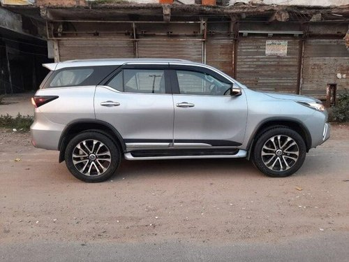 Used 2017 Toyota Fortuner AT for sale in New Delhi-12