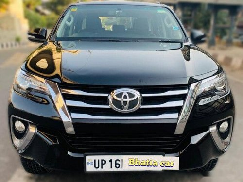 Used 2017 Toyota Fortuner AT for sale in New Delhi-4