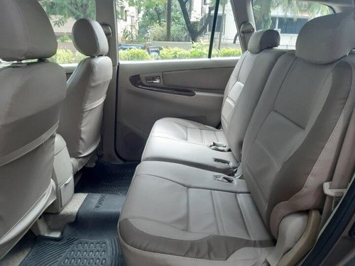 Used Toyota Innova 2011 MT for sale in Mumbai