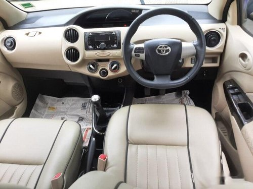 Used Toyota Platinum Etios V 2017 MT for sale in Bangalore