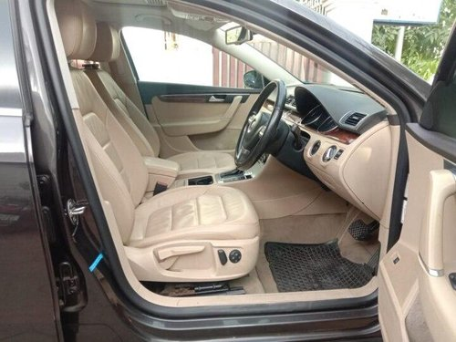 Used Volkswagen Passat 2.0 TDI Highline 2012 AT for sale in Coimbatore