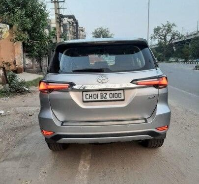 Used 2017 Toyota Fortuner AT for sale in New Delhi-6