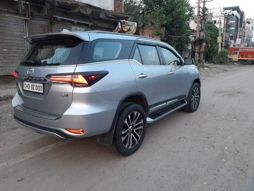 Used 2017 Toyota Fortuner AT for sale in New Delhi-5