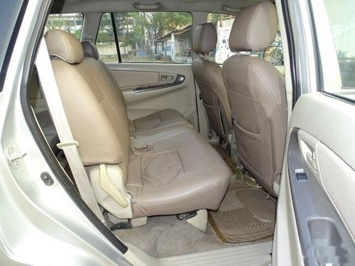 Used Toyota Innova 2.5 GX 2012 MT for sale in Kolkata