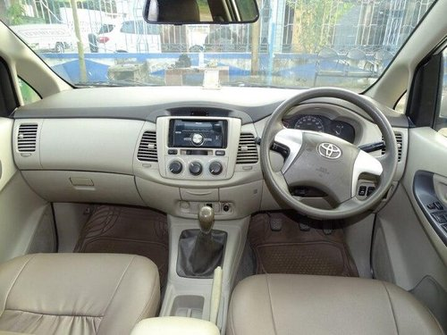 Used Toyota Innova 2.5 GX 2012 MT for sale in Kolkata -0