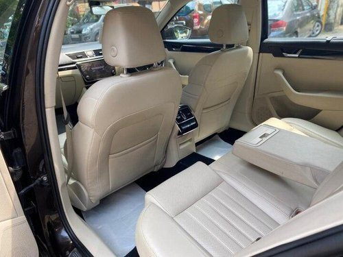 Used Skoda Superb 2018 AT for sale in Mumbai