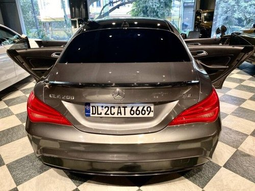 Used 2015 Mercedes Benz CLA 200 AT for sale in New Delhi-0