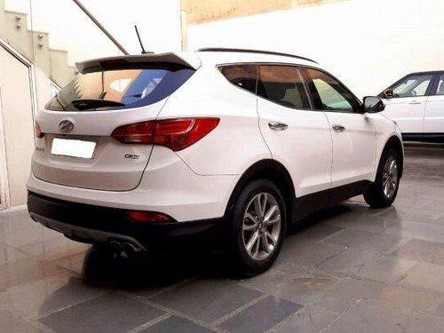 Used Hyundai Santa Fe 2WD AT 2015 AT for sale in New Delhi