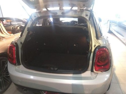Used 2016 Mini Cooper 3 DOOR AT for sale in New Delhi