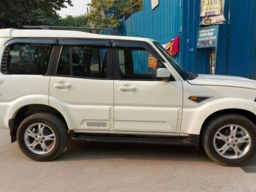Used Mahindra Scorpio 2015 AT for sale in New Delhi