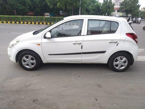 Used Hyundai i20 2010 MT for sale in Ahmedabad