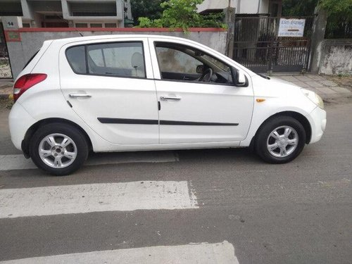 Used Hyundai i20 2010 MT for sale in Ahmedabad -2