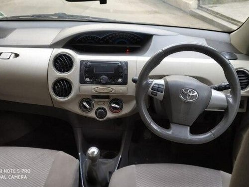 Used 2015 Toyota Platinum Etios MT for sale in Pune -8