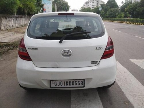 Used Hyundai i20 2010 MT for sale in Ahmedabad -0