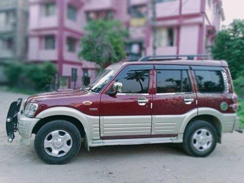 2006 Mahindra Scorpio 2.6 Turbo 7 Str MT in Kolkata