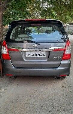 2014 Toyota Innova MT for sale in Ghaziabad