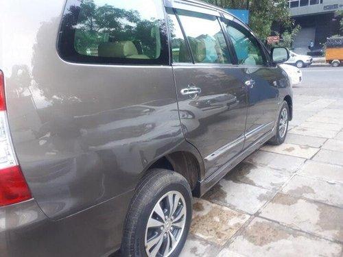 Used 2015 Toyota Innova 2.5 VX 8 STR BSIV MT in Pune