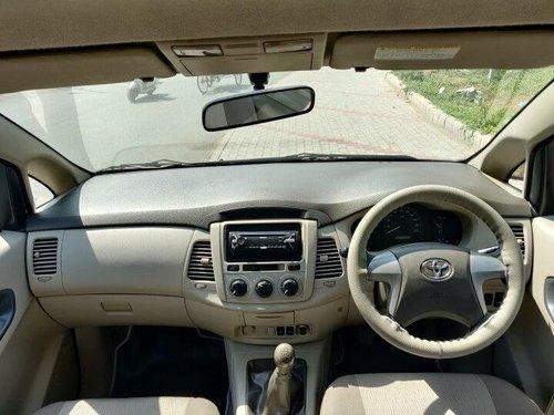 2013 Toyota Innova 2.5 GX (Diesel) 8 Seater MT in Ahmedabad