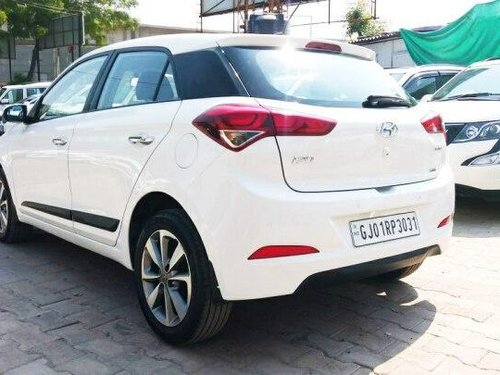 Hyundai i20 Asta 2016 MT for sale in Ahmedabad
