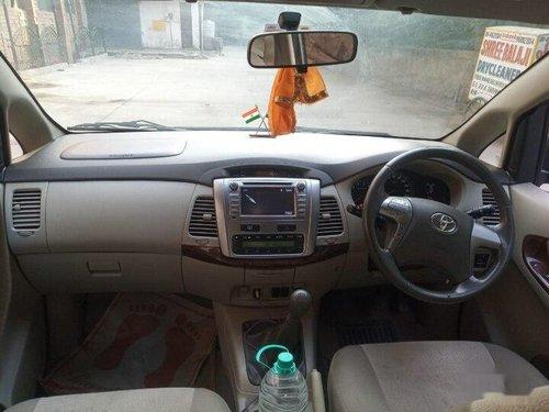 Toyota Innova 2014 MT for sale in New Delhi