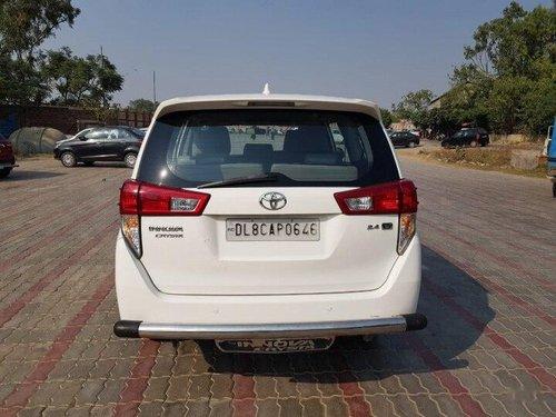 2016 Toyota Innova Crysta 2.4 GX 8 STR MT in New Delhi