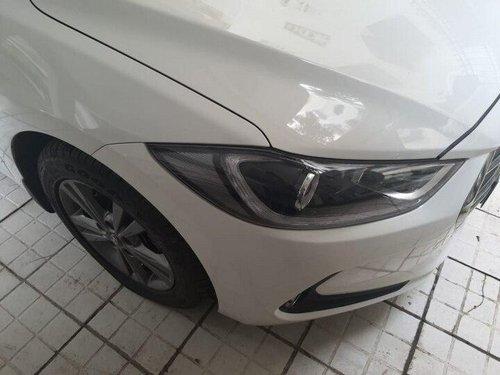 2016 Hyundai Elantra CRDi SX AT in Mumbai