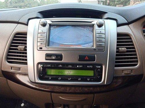 2015 Toyota Innova 2.5 VX 7 STR BSIV MT in New Delhi