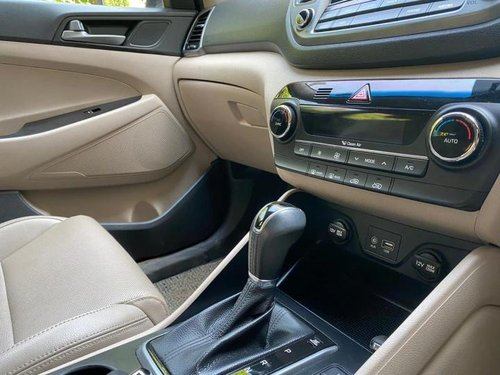 2017 Hyundai Tucson 2.0 Dual VTVT 2WD GL AT in Mumbai