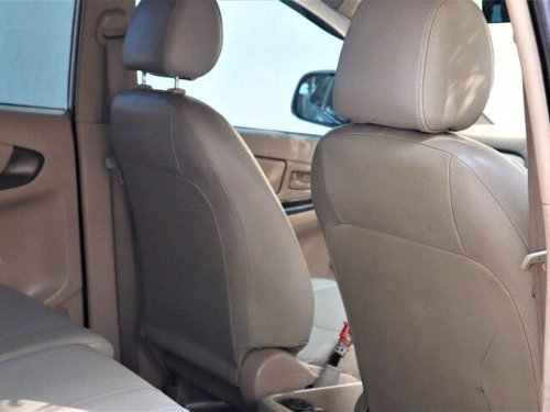 Used 2006 Toyota Innova 2004-2011 MT for sale in Kolkata