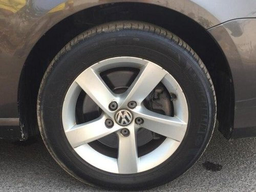 2012 Volkswagen Passat Diesel Highline 2.0 TDI AT in New Delhi-5