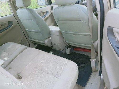 2005 Toyota Innova 2.5 G (Diesel) 7 Seater MT in Pune