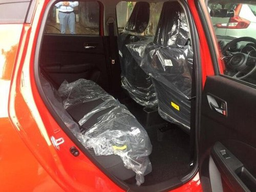 Used 2020 Maruti Suzuki Swift VXI MT for sale in Mumbai