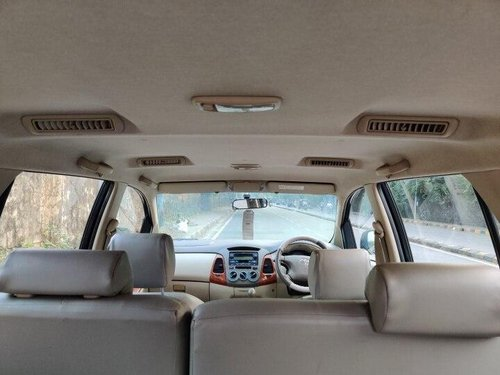 Toyota Innova 2.5 VX 8 STR 2009 MT for sale in Mumbai