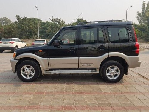 Used Mahindra Scorpio VLX 2010 MT for sale in New Delhi-2