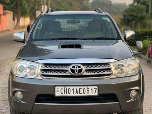2010 Toyota Fortuner 4x2 Manual MT for sale in Chandigarh