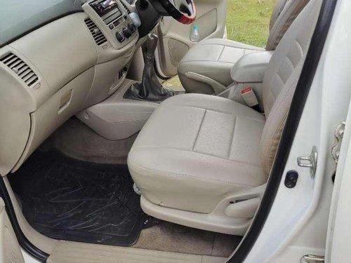 Toyota Innova 2.5 EV PS 8 STR BS-IV, 2015, Diesel MT in Jorhat