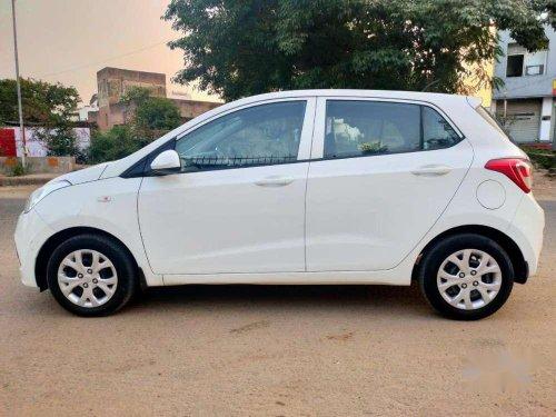 2014 Hyundai Grand i10 Magna MT in Ahmedabad
