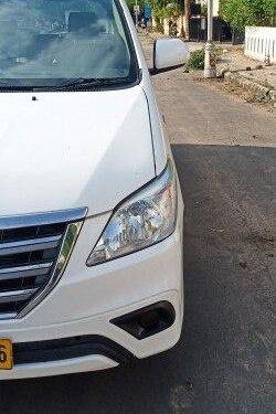 2014 Toyota Innova 2.5 GX (Diesel) 8 Seater MT in Ahmedabad