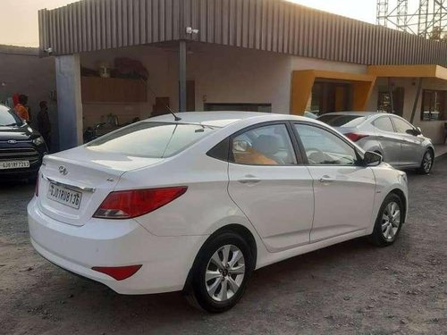 Hyundai Fluidic Verna 2016 MT for sale in Rajkot