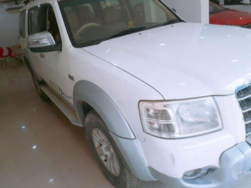 Used 2010 Ford Endeavour MT for sale in Varanasi